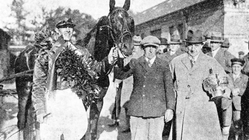1928 Johnny Finance